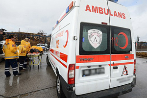 İşçi servisi dereye yuvarlandı, 8 ölü