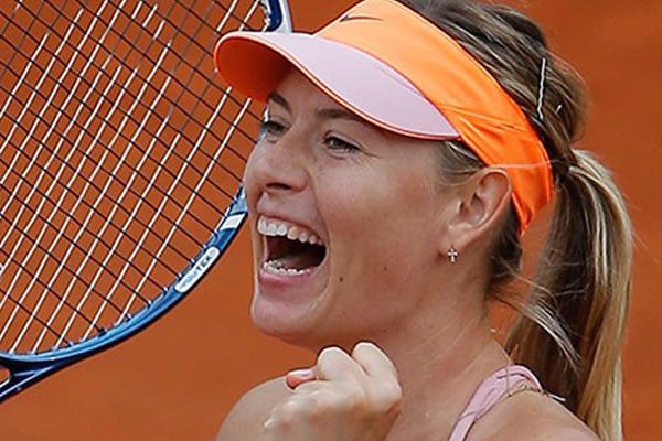 Sharapova yarı finale yükseldi