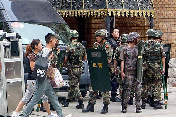 Sincan Uygur Özerk Bölgesi'nde 11 kişi öldürüldü