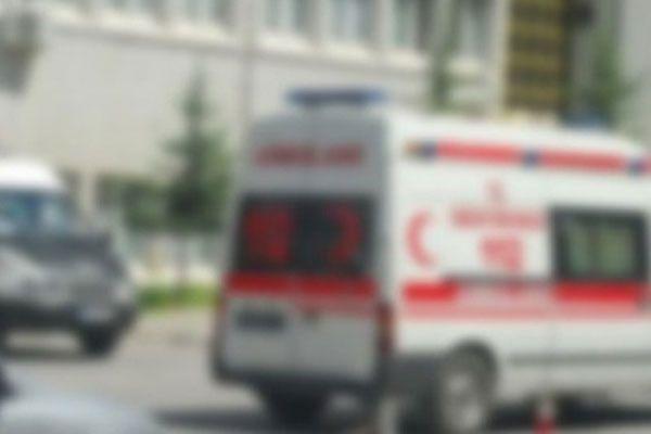 Sivas'ta trafik kazası, 1 ölü, 2 yaralı