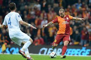Sneijder, 'Galatasaray'da mutluyum'