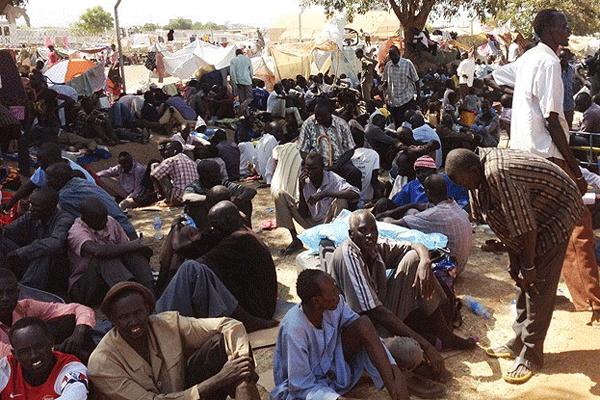 Güney Sudan'da geçiş hükümeti kurulacak