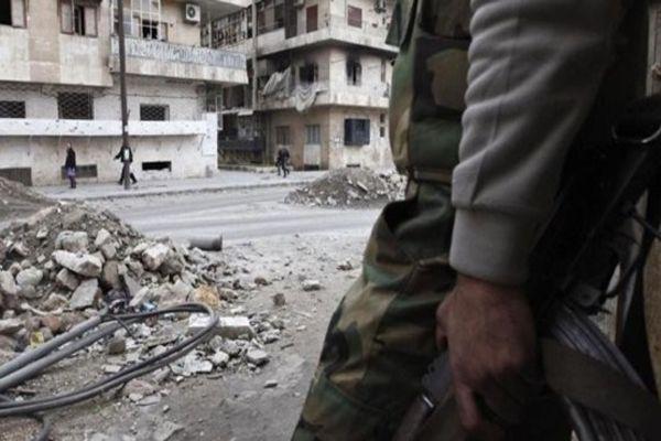 Esad güçleri, saldırılarına devam ediyor