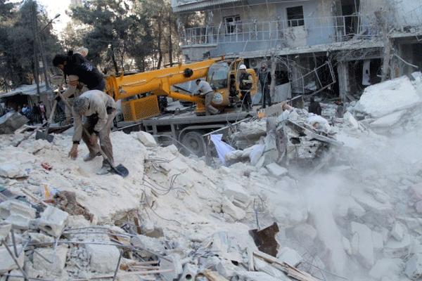 Humus'taki patlamada 13 kişi öldü