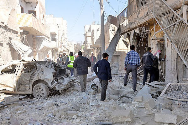 Esad 'varil bombasıyla' saldırdı, 61 ölü