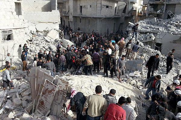 Suriye'de varil bombalı saldırıda 13 kişi öldü