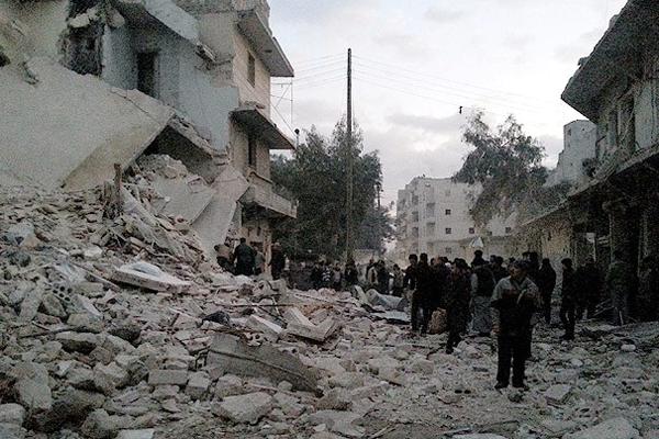 Suriye'de okula saldırı, 17 ölü