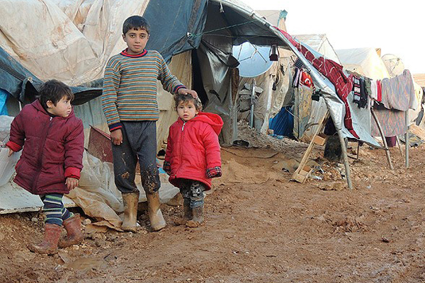 Suriyeliler zor hayat şartlarıyla mücadele ediyor