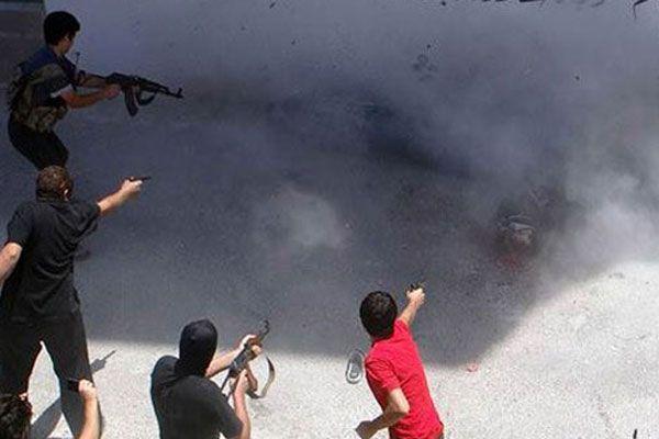 Suriye'de suçlu bulunan iki kişi kurşuna dizildi
