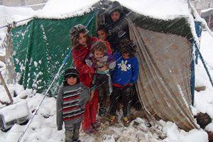 '2,3 milyon Suriyeli soğukla savaşıyor'