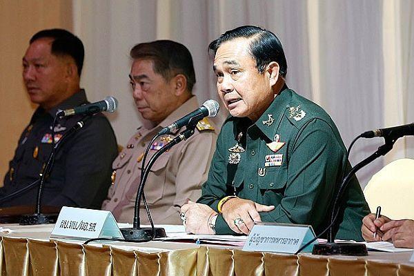 Tayland'da 'darbe' girişimi