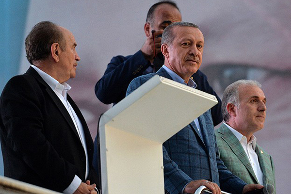 Liderler Erdoğan'ı tebrik etti