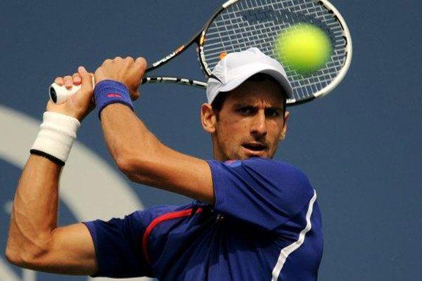 Djokovic ve Sharapova'dan erken veda