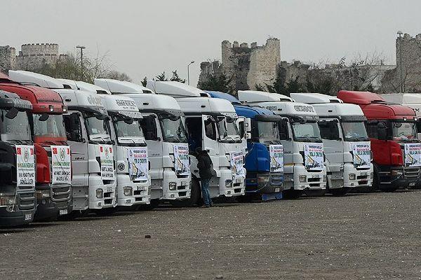 Suriye'ye 2 ayda 817 yardım TIR'ı gönderildi