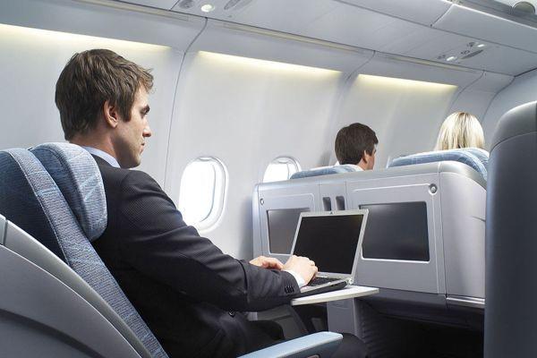 Artık uçakta internete girmek mümkün