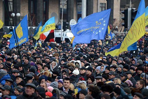 Ukrayna'da 3 protestocu da yakın mesafeden vurulmuş