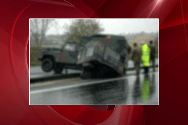 Van'da askeri araç kaza yaptı, 13 asker yaralı