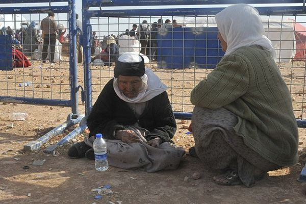 110 yaşında IŞİD tehdidinden kaçtı!