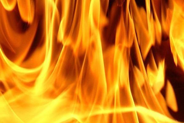Koltuk imalathanesinde yangın çıktı