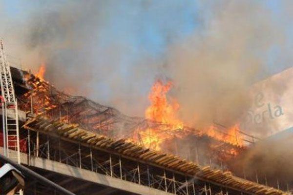 Gökdelen inşaatında korkutan yangın