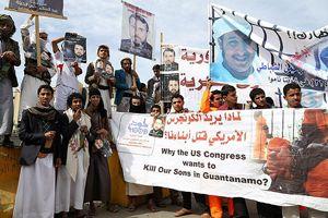 Yemen'de Amerika Büyükelçiliği önünde gösteri