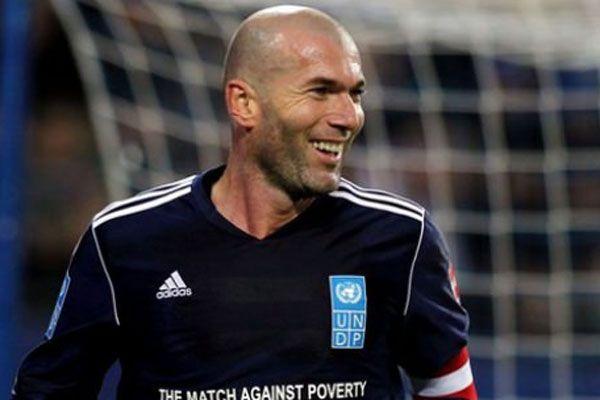 Zidane futboldan men edildi