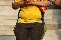 Obezite erken ergenliğe neden oluyor