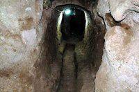 Ahırı temizlerken yeraltı şehriyle karşılaştı