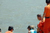 Bolivya'da 8 öğrenci boğuldu