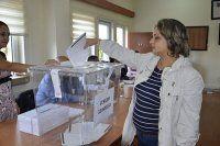 Bulgaristan'da erken seçim için oy kullanma işlemi başladı