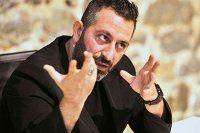 Cem Yılmaz'dan 'Osmanlıca' sürprizi