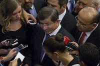 Davutoğlu, 'CHP 'hayır' derse IŞİD'in yanında yer alır'