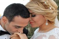 Şarkıcı Doğuş, ikinci kez evlendi