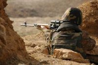 Azerbaycan ordusu bir Ermeni askeri esir aldı