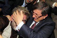 Gazze'de Ahmet Davutoğlu sevinci