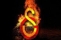 Galatasaray'da deprem! Yollar ayrıldı