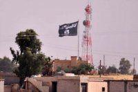 Sınırda kritik gelişme! IŞİD bayrağı asıldı