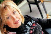 Türkiye'nin ilk kadın spikeri hastaneye kaldırıldı