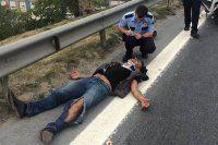 Okmeydanı'ndaki kazayı izlerken kaza yaptı