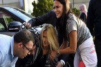 Ünlü manken, selfie çekmek isteyen kadına çarptı