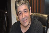 Ünlü sanatçı Murat Göğebakan hayatını kaybetti