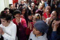 Öğrenciler kapatılacak yurdu boşaltmadı