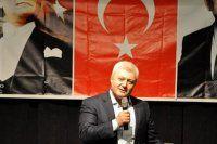 Tuncay Özkan, 'Atatürk ölmedi, yaşıyor'