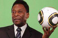 Futbolun efsane ismi Pele yoğun bakıma alındı