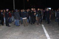 Yol kapatıp PKK'nın kuruluşunu kutladılar