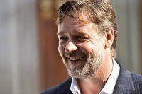 Russell Crowe, 'bağımsız bir ülkeyi gerçekten işgal ettik'
