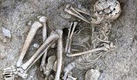 3 bin 200 yıllık iskelette kanser izi