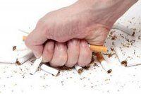 Genç olan erkekler sigarayı daha çabuk bırakıyor