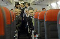 Şimşek, 'Türkiye kendi uçağını üretmeye kararlı'