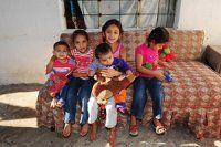 Suriyeli aile Antalya'da yaşam savaşı veriyor